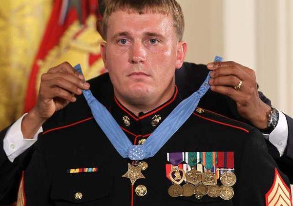 dakota meyer Medal of Honor.