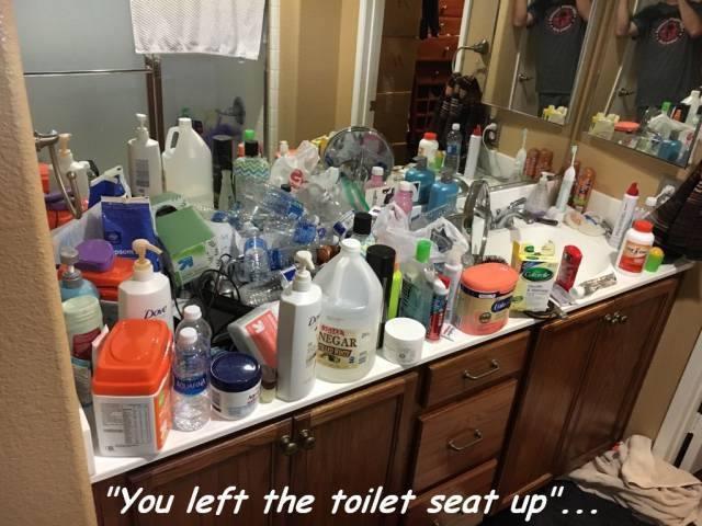 women-bathroom
